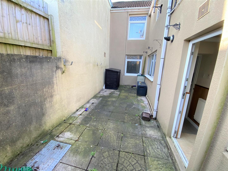 Dillwyn Street, Llanelli, SA15 1BT